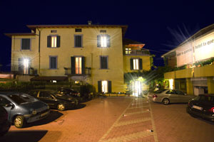 Hotel Bergamo with free internal parking and mini cab service to and from airport
